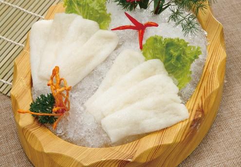 野生鲜竹荪菌:从苦竹的根部长出的,富含氨基酸、维生素、无机盐等,1972年周恩来总理用竹笋芙蓉汤招待美国特使,自此成为国宴名菜。